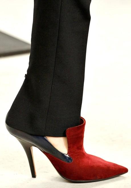 Celine Red and Black Pump FW11 on exshoesme.com