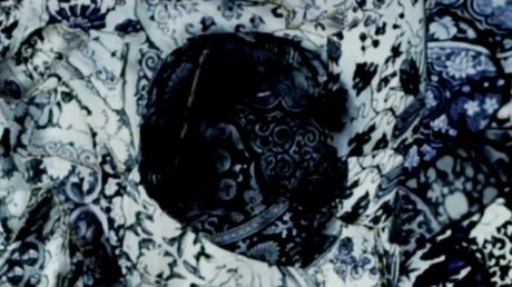 Alexander McQueen Broken Porcelain Skull Scarf 2 on Exshoesme