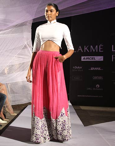 Anamika Khanna Spring Resort 2011 Pink Lainga Skirt on Exshoesme.com