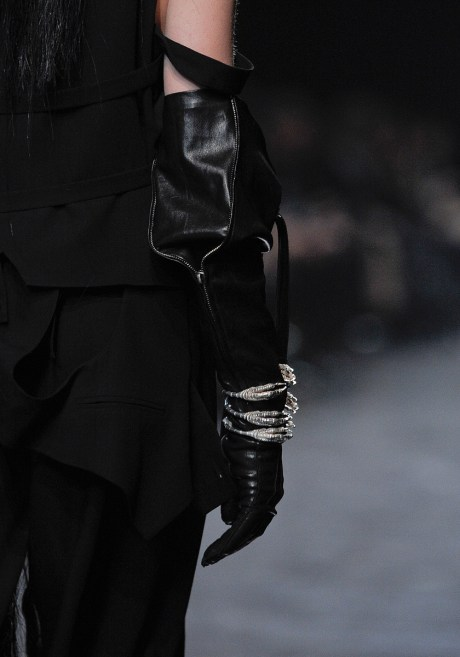 Ann Demeulemeester Glove and Talon Cuffs on Exshoesme.com