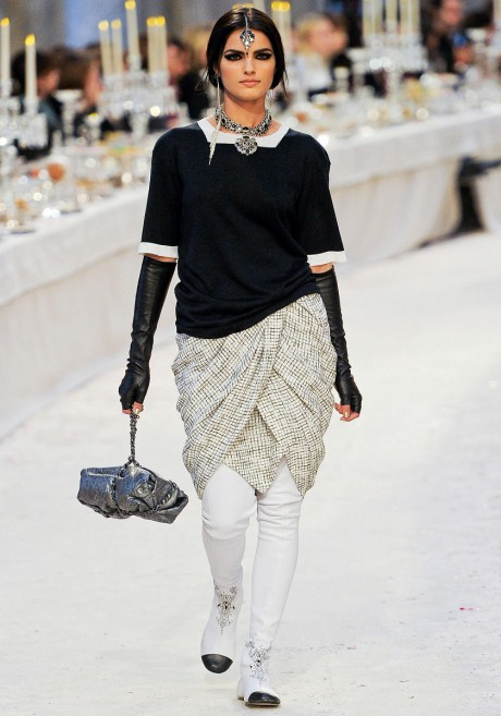 Chanel Métiers d'Art PF12 Paris-Bombay Collection Black and White Dhoti and Sweater on Exshoesme.com