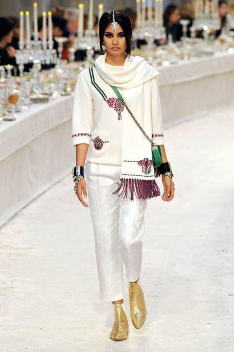 Chanel Métiers d'Art PF12 Paris-Bombay Collection Fringed Scarf, Tunic and Peg Leg Pant on Exshoesme.com
