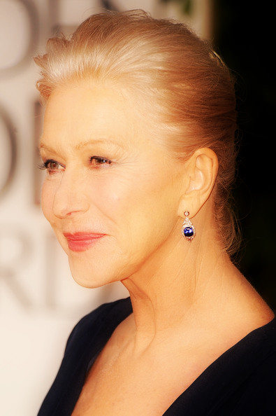 13 Helen Mirren's updo at the 2012 Golden Globe Awards on Exshoesme.com