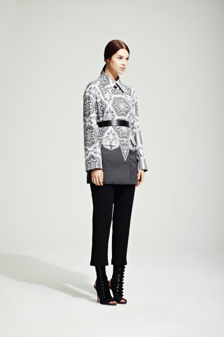 Jonathan Saunders Resort 2012 Black and White Printed Suit on Exshoesme.com
