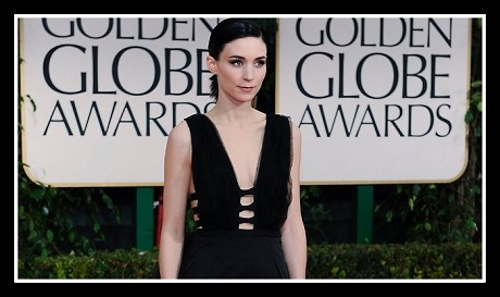 Rooney Mara in Nina Ricci - Detail at the 2012 Golden Globe Awards on Exshoesme.com