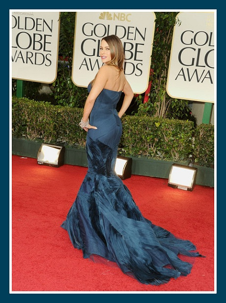 Sofia Vergara in Vera Wang - back view at the 2012 Golden Globe Awards on Exshoesme.com