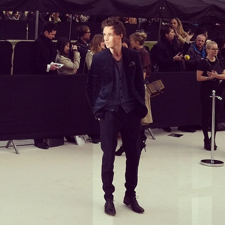 Eddie Redmayne attends the Burberry FW12 show on Exshoesme