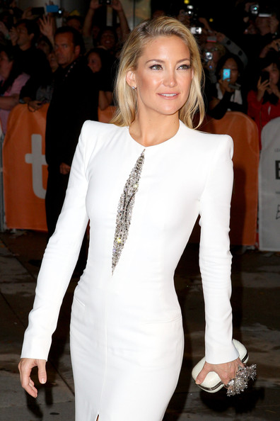 Kate Hudson wearing Alexander McQueen dress and skull clutch at The Reluctant Fundamentaist Premiere at the Toronto International Film Festival 2012 on Exshoesme.com (Joe Scarnici)