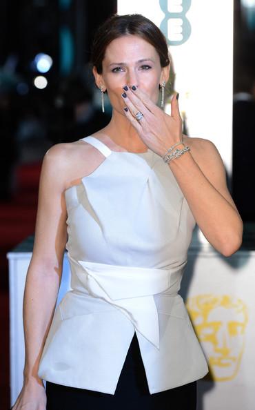 Jennifer Garner in Roland Mouret at the 2013 BAFTAs on Exshoesme.com. Photo by Ian Gavan Getty Images Europe