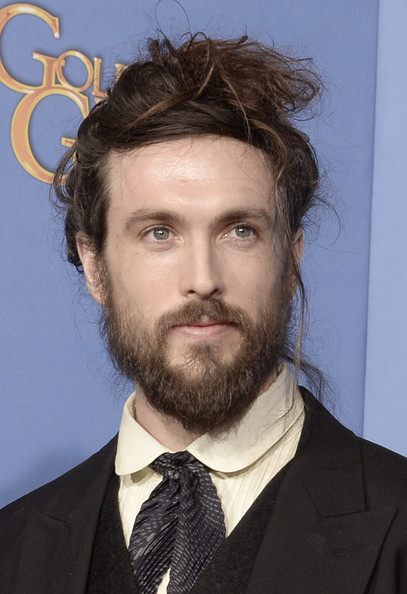 Alex Ebert's man bun at the 2014 Golden Globe Awards on Exshoesme.com. Kevin Winter photo.