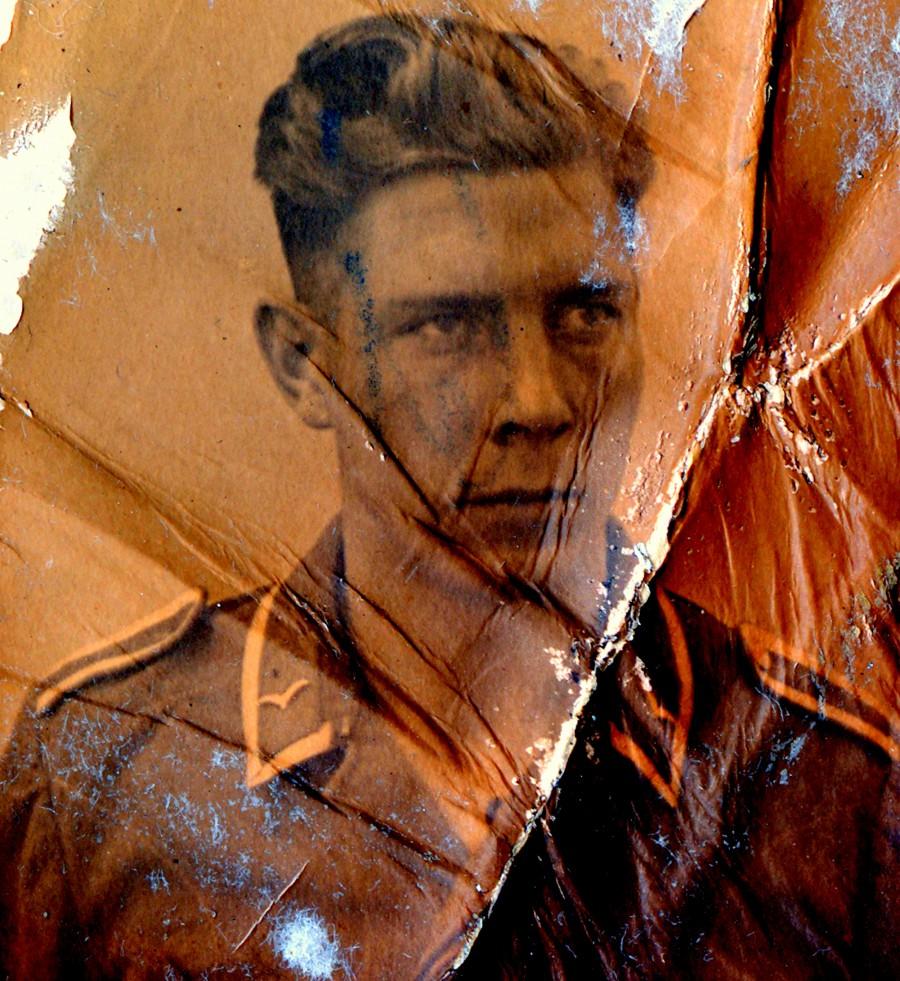 Portret van Willi Lück, aangetroffen tussen de papieren documenten © BAHAAT
