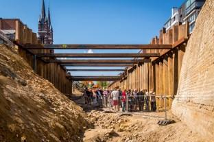 De grootschalige infrastructuurwerken zijn indrukwekkend voor de bezoekers © Frederik Beyens