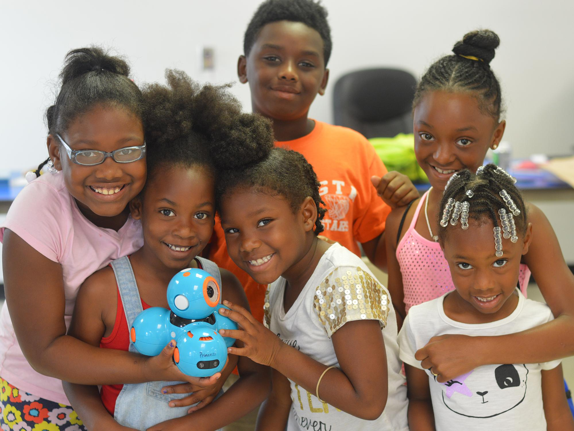 4- Introduces Children Robotics Stem Programs