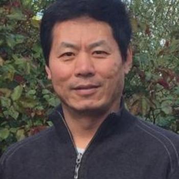 Wei Qiang Yang