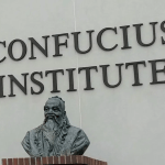 Screenshot_2020-05-25 773px-Bust_of_Confucius_Confucius_Institute_building_on_the_Troy_University_campus_Troy_Alabama_on_16[…]