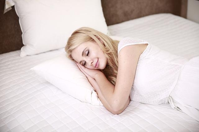 【睡眠時を知る】話題の睡眠改善スマートリング『GO2SLEEP』とは?