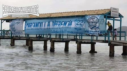 Barras do Club de Gimnasia y Esgrima La Plata