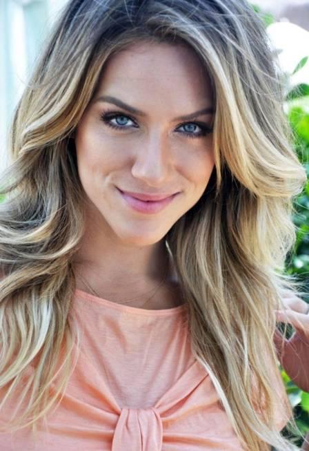 Luzes, mechas ou coloração? Inspire-se nas famosas e escolha como clarear  seu cabelo - Cabelos - Extra Online