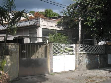 A casa antiga do ex-gerente de Saúde do Correios, Marcos Esteves, em Água Santa