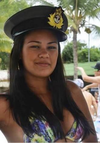 A jovem era cabo da Marinha
