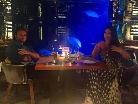 Thor Batista e a namorada em Dubai
