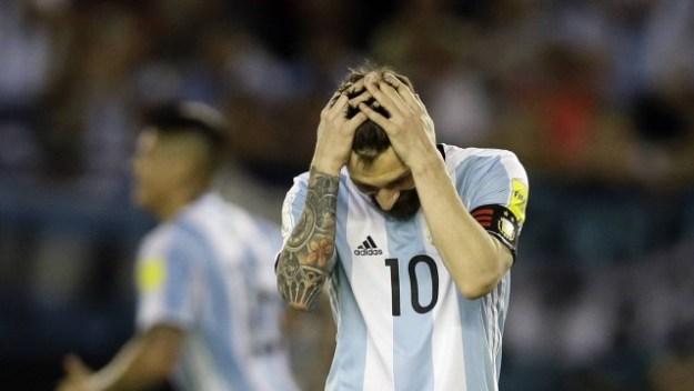 Messi desfalca a Argentina pelos próximos quatro jogos