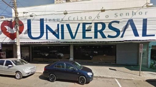 Fachada de uma Igreja Universal em Goiás