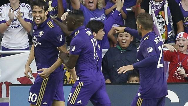 Kaká comemora seu gol pelo Orlando City