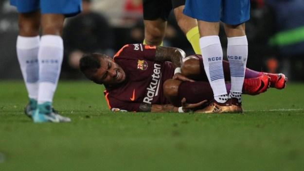 Paulinho sofreu uma lesão no jogo do Barcelona