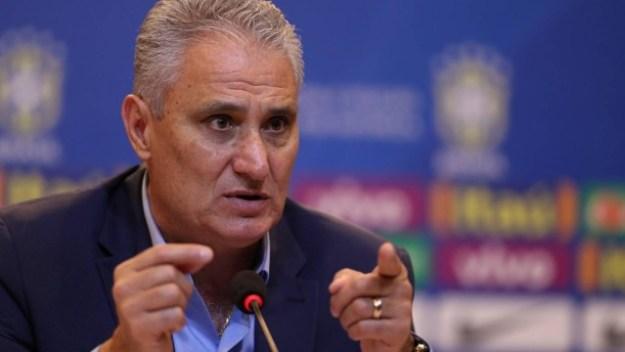 Tite prorrogou em dez dias o anúncio dos convocados da seleção brasileira