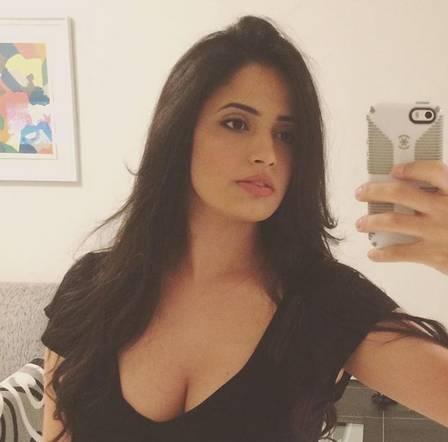 Fernanda tem 28 anos e é pedagoga