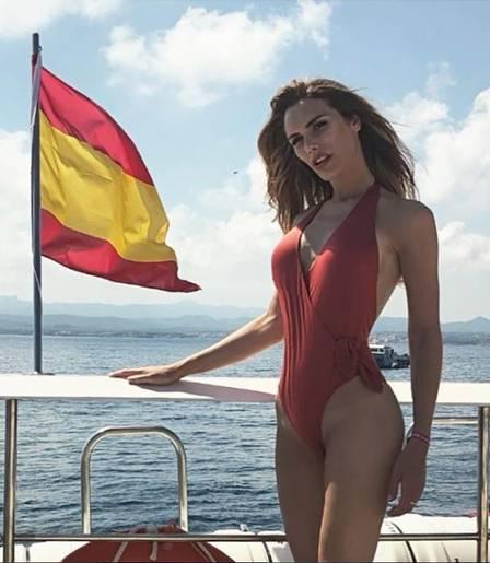 Miss espanhola transex é uma das favoritas do Miss Universo: veja antes e depois da transição