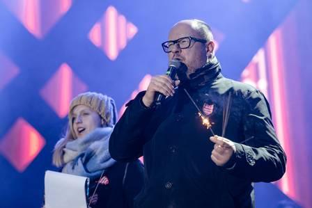 Prefeito de Gdansk, Pawel Adamowicz discursa durante evento