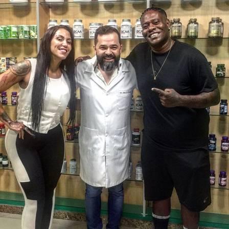 Morre aos 40 anos o funkeiro MC Sapão 4