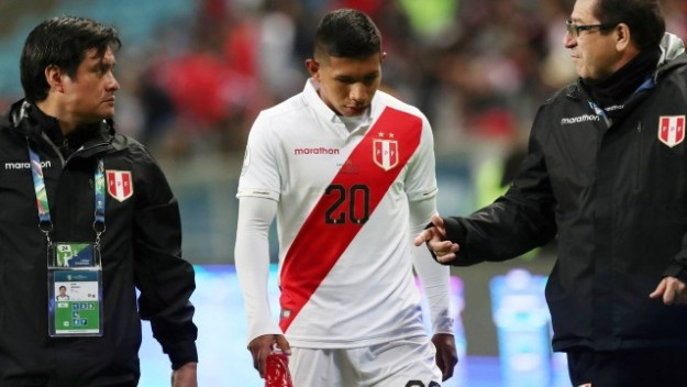 Edison Flores virou dúvida na seleção do Peru contra o Brasil