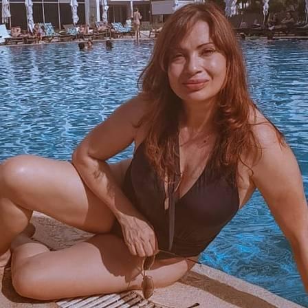 Isadora Ribeiro, de 54 anos, exibe boa forma