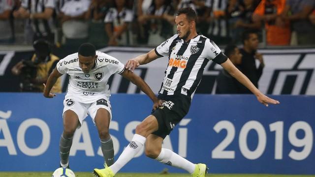 Botafogo saiu derrotado pelo Atlético-MG