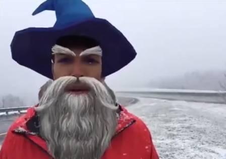 Justin Hinton como feiticeiro