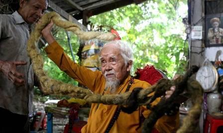 Nguyen Van Chien tem 92 anos