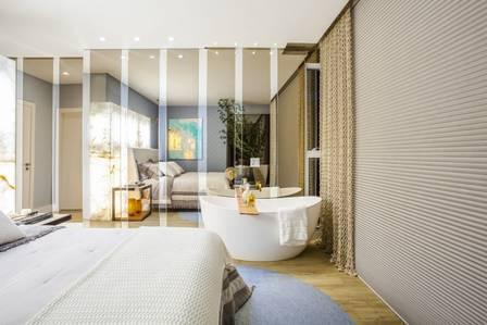 O quarto do casal tem uma banheira para eles