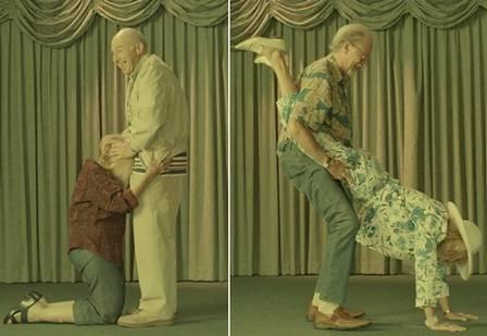 Campanha da DDB NY alerta para a importância do sexo seguro entre os mais velhos