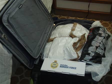 Drogas encontradas em mala