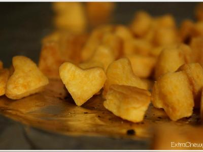 Cheddar Hearts Crackers