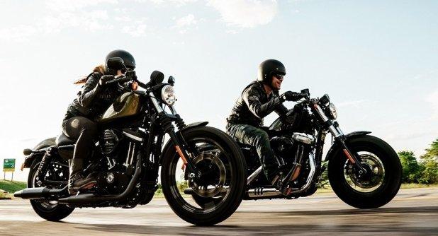 Jos kilpailun voittanut osanottaja on jo ehtinyt ostaa Dark Custom™ -pyörän koeajon jälkeen ja ennen 31.10.2015, Harley-Davidson maksaa voittajalle koko hankintahinnan takaisin, ja Dais Nagao kustomoi osallistujan alkuperäisen pyörän.