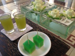 A refreshing lime juice shot and jello square to wake up our tastebuds.