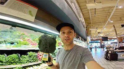 holidng kale