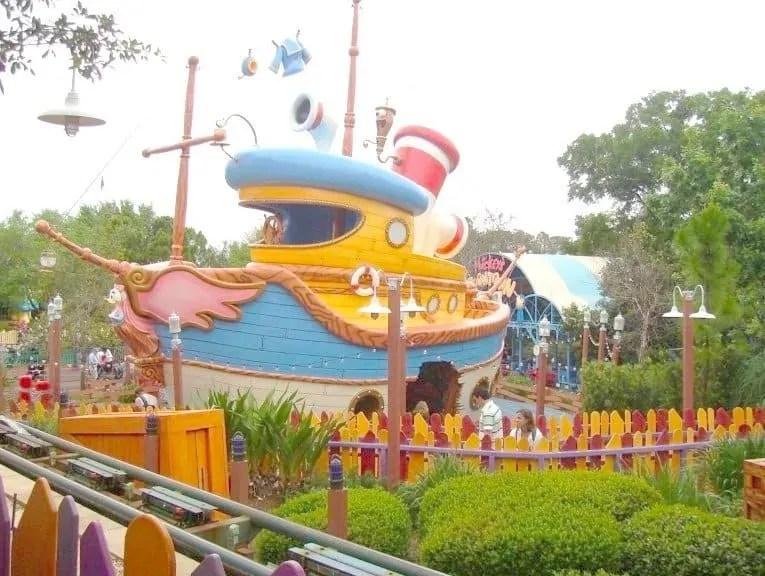The Best Age to visit Walt Disney World www.extraordinarychaos.com