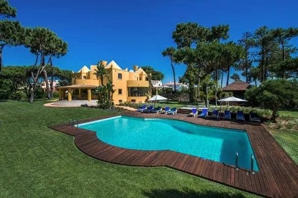 Why A Villa Holiday Is Great For Families With Teens