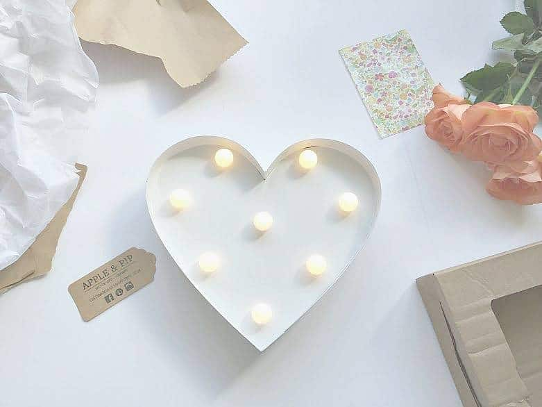 Heart Lamp from Apple & Pip