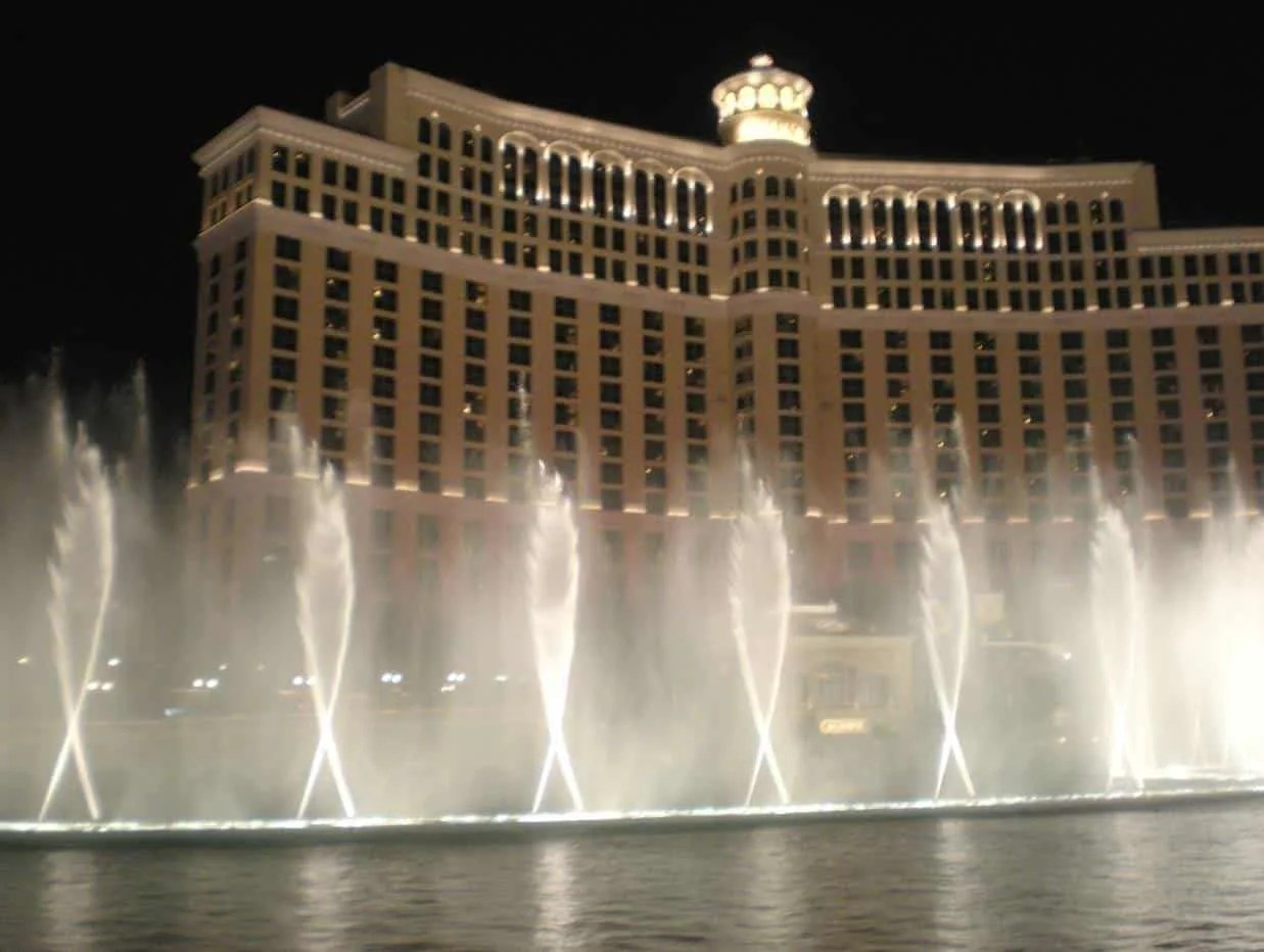 10 Things To Do In Las Vegas With Kids www.extraordinarychaos.com